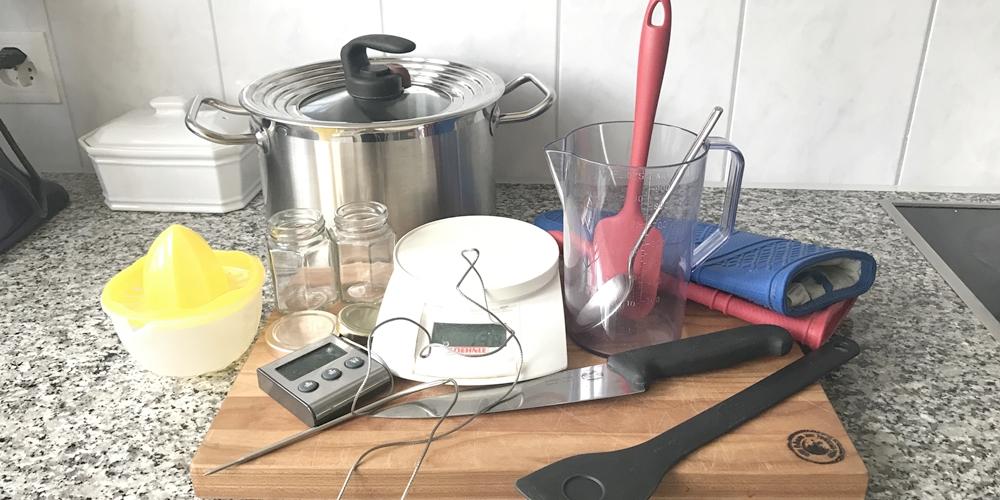Werkzeuge die man zum Marmeladekochen braucht